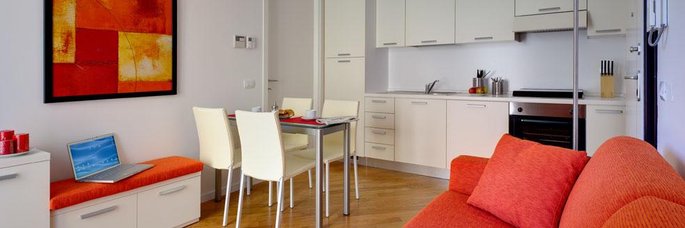 Appartamento puccini appartamenti arredati in affitto for Affitto arredato cremona